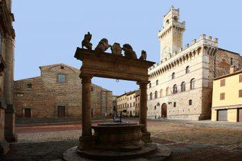 Montepulciano Piazza-Grande