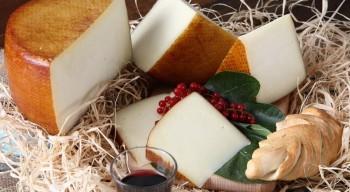 Sardegna_formaggi_apertura