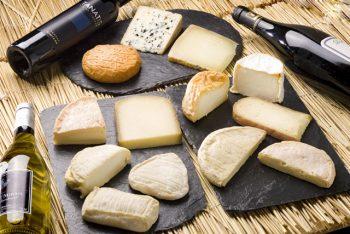 Torino I tipici formaggi piemontesi