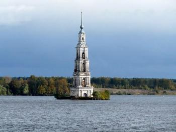 Anello Russia il campanile di Kaljazin
