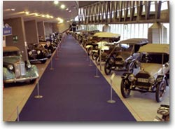 Interno del Museo dell'Automobile di Torino