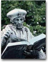Erasmus Statue