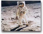fotografia Neil Armstrong, missione Apollo 10, sbarco sulla Luna 1969. Buzz Aldrin on the moon