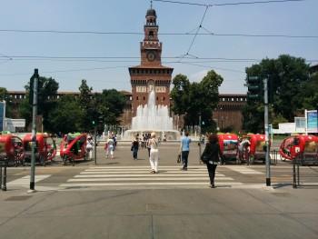 Milano, Piazza Castello