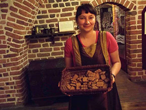 Olga offre i bicottini di pan di zenzero