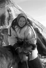Giovane donna Inuit