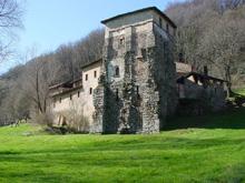 Il complesso monastico di Torba (Foto: Archivio Fai)