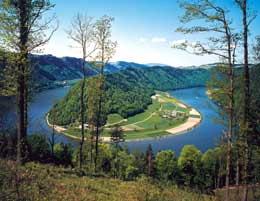 Un punto panoramico da cui osservare le curve sinuose dell'ansa del Danubio (© ENAT_Bohnacker)