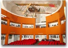 Vittoriale Lo SVA 10 sospeso alla cupola dell'Auditorium