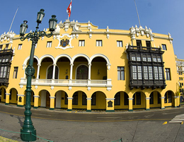 Plaza Mayor Armas, il Municipio