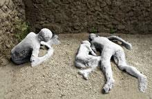 Pompei, calco di una famiglia sorpresa dall'eruzione