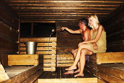 La nudità. Una condizione inderogabile per godere dei benefici della sauna