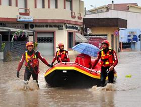 L'intervento dei soccorritori in Sardegna