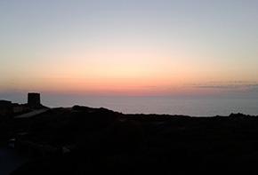 Sardegna Tramonto dalla terrazza dell'hotel Torreruja