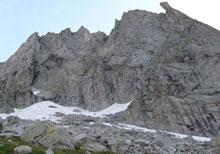 Al confine con la val di Mello, a 2395 metri di altitudine