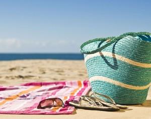 Accessori di tendenza per un'estate al top