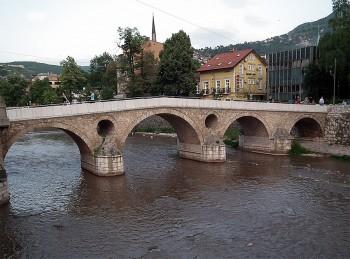 Guerra Sarajevo ponte Latino