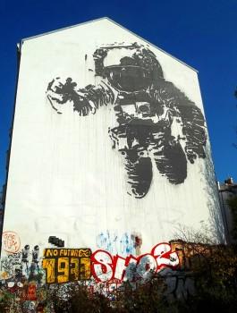 Astronaut-Kreuzberg