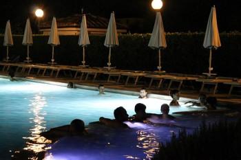 San Valentino, Querciolaia piscina notturna