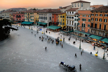 Verona, Piazza Bra