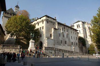 Chambéry Castello-dei-duchi-di-savoia