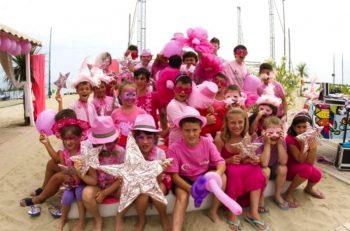 Notte Rosa ragazzi-in-rosa-nella-riviera-di-comacchio