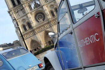 Parigi la-societaa-paris-authentic-offre-tour-a-bordo-delle-2cv