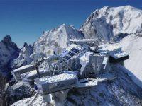 Skyway ti fa sciare e suonare il pianoforte sul Monte Bianco