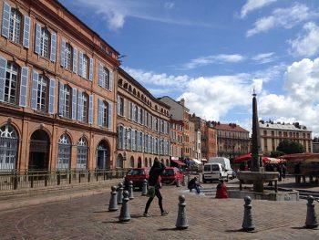 Tolosa Piazza-del-centro-storico