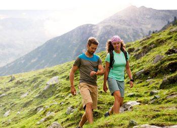 TomTom-Adventurer trekking-in-montagna