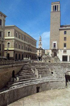 Salento Anfiteatro-romano-di-Lecce