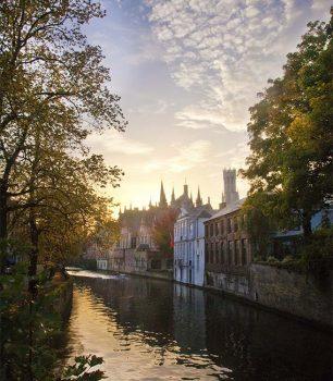 Bruges case-che-si-specchiano-nell'acqua