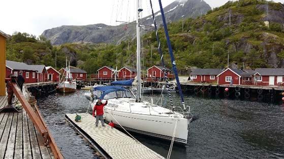 Barca Norvegia-tra-i-fiordi-in-barca-a-vela