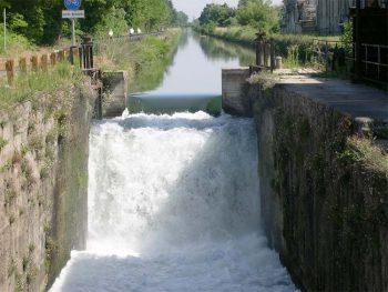 Pavia Chiusa-Naviglio-Pavese