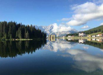 Auronzo Lago di Misurina sullo sfondo il Sorapìss