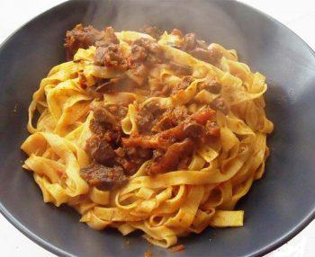 Cultura del mangiare Tagliatelle-al-ragù