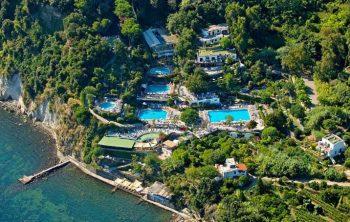 Isola delle acque Parco-termale-di-Castiglione