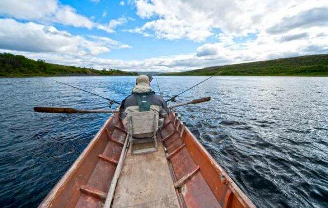 Navigando sul sul fiume Teno