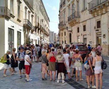 Puglia turisti a lecce