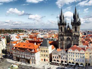 La piazza della Città Vecchia dall'alto