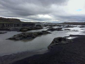 Islanda mare-e-rocce-vulcaniche