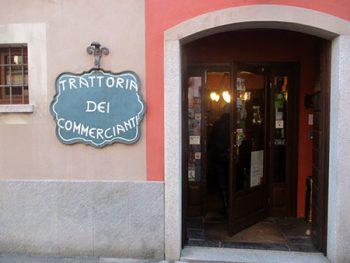 Paniscia e Tapulon Mangiare, Borgomanero 'I Commercianti' (Panìscia, Tapulòn)