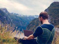 Nomadismo digitale: come viaggiare in tutto il mondo e lavorare ovunque