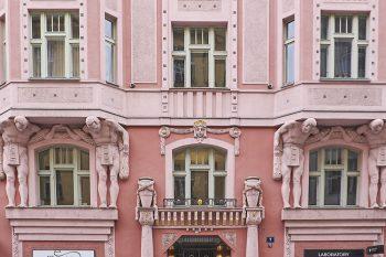 Praga quartiere-ebraico-Atlanti-stile-cubista
